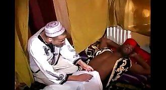 A top black man is fucking a bottom arab boy !